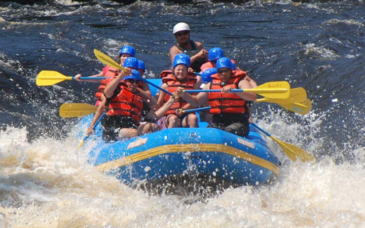 whitewater-rafting-michigan
